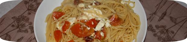 spagetthi-mit-tomaten-und-feta