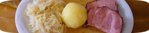Kassler mit Sauerkraut und Klößen