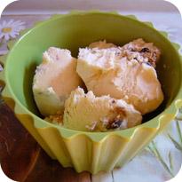 Karamell-Parfait mit Cookies
