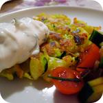 Gemüsepuffer mit Kräuterquark