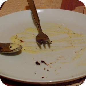 leerer Schokokuchen Teller