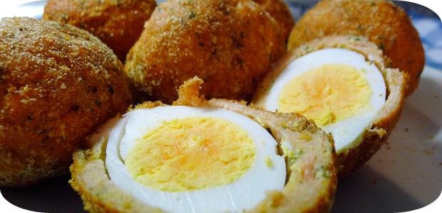 Eier im Lachsmantel