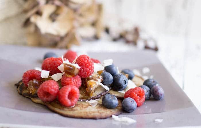 Low Carb Pancakes mit nur 2 Zutaten - Ei & Banane