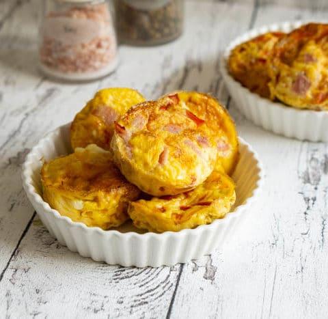 Eier Muffins mit Schinken & Käse und Paprika