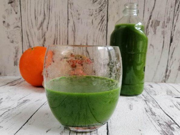 Rezept für grünen Smoothie Spinat und Banane