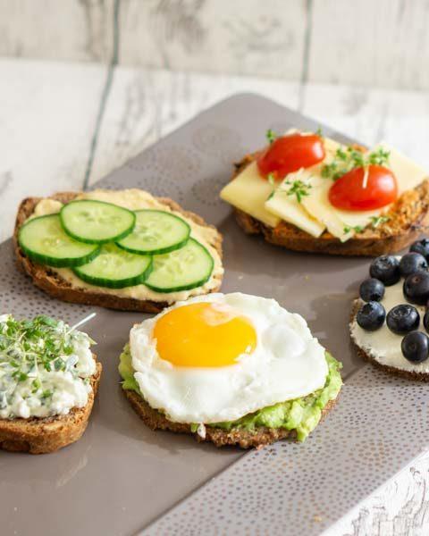 5 schnelle Frühstücksideen mit süßen und herzhaften Frühstücksbroten